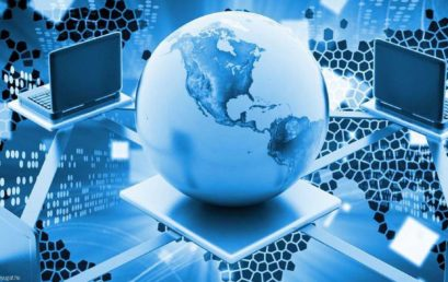 Továbbra is marad a digitális oktatás